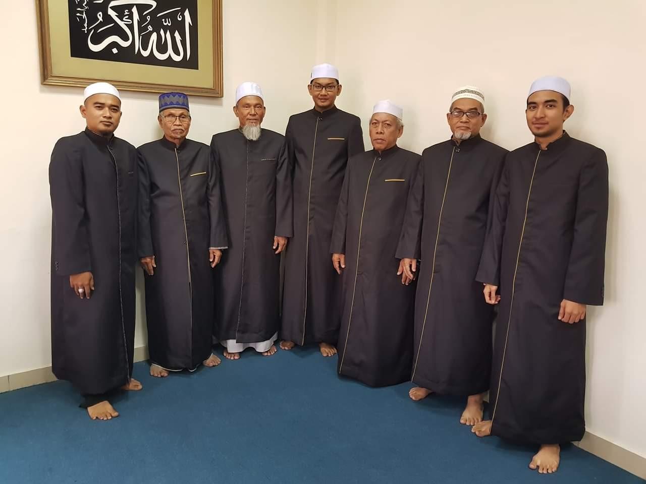 Masjid Ar-Ridhuan Pekan Jeram imam thobe