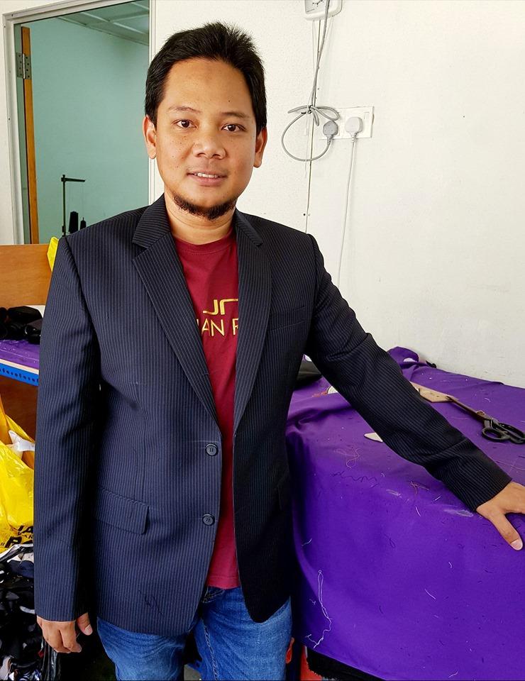 tempahan coat