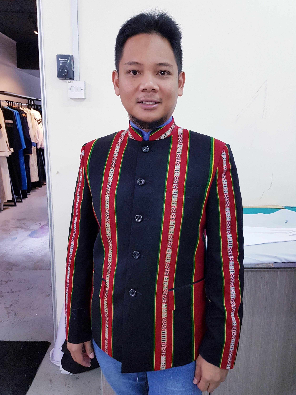 tempahan mandarin suit