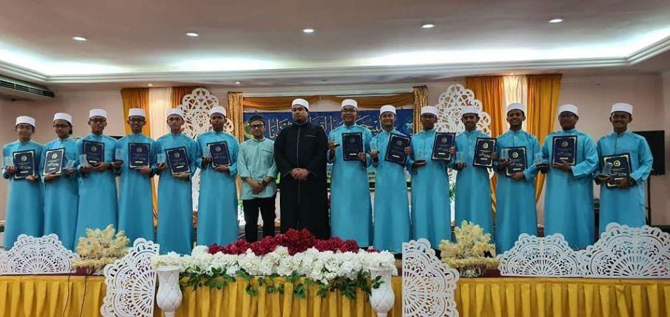 Tempahan dari MITS Bagan Lalang bg pelajar lelaki & perempuan Tingkatan 4 utk Majlis Khatam Al-Quran Perdana