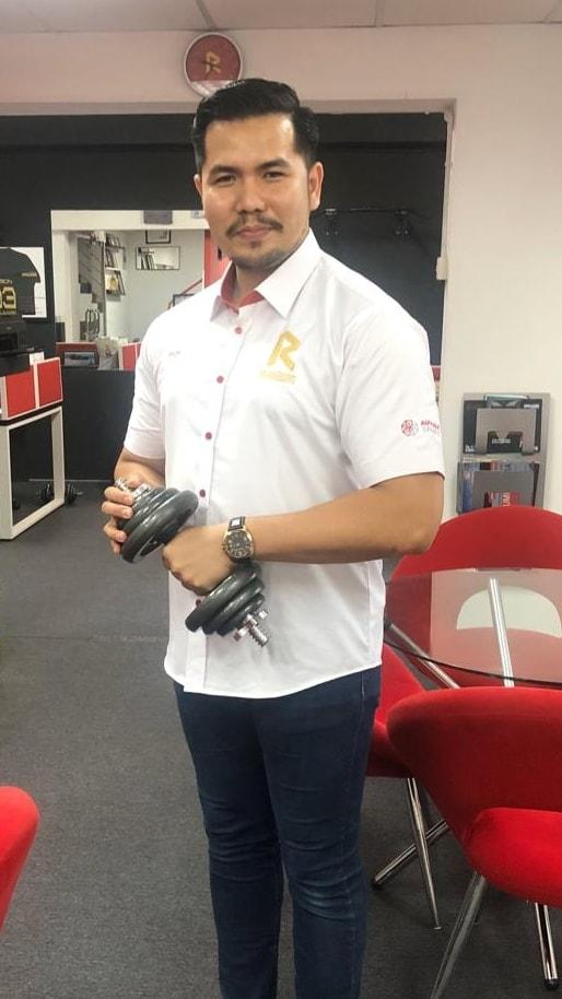 Bertambah hensem Tuan Mior kita, Big Boss Agency KL IMTIYAZ AR RAUDHAH, AIA di One South dgn baju barunya