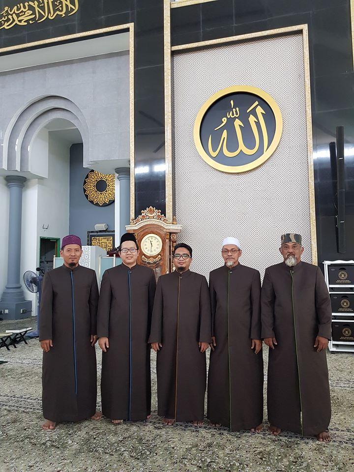 Tempahan Jubah Imam Coat utk Masjid Lapangan Terbang Sultan Abdul Aziz, Subang Airport.