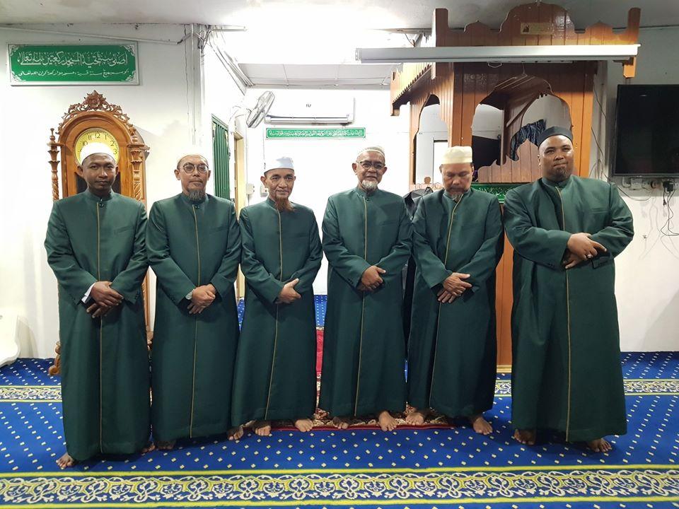 Tempahan jubah imam coat utk Masjid Ar-Rahman Pulau Indah.
